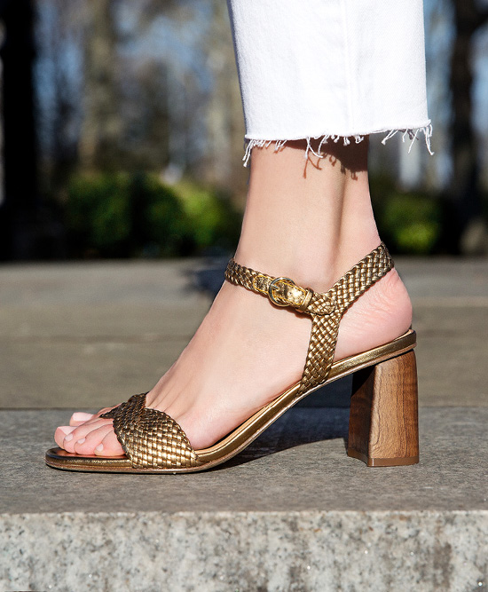 Woman wearing Sigerson Morrison Summer19 sandals.